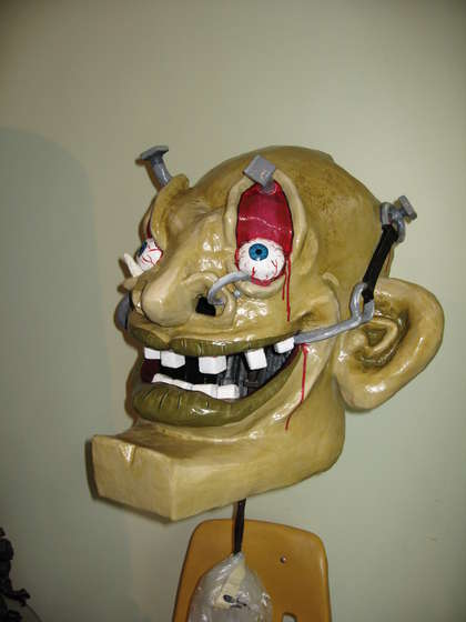 Giant horror head mask