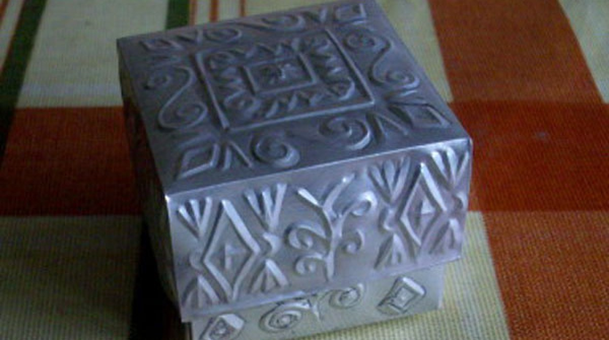 How-to: Tin box made from a can | Make: