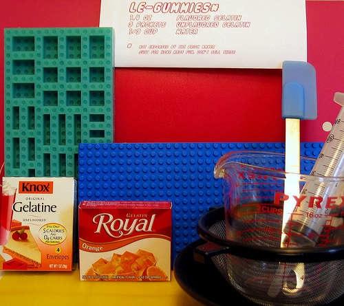 HOW TO – Make LEGO gummies!