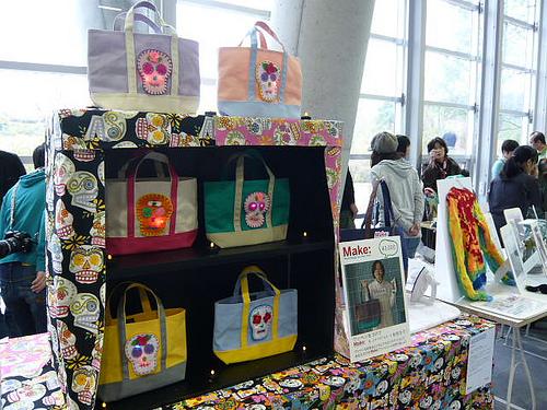 LED Blinking Tote Bags – 8tote at Make: Tokyo Meeting 02