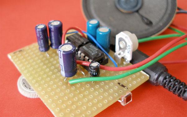 Light to sound converter circuit