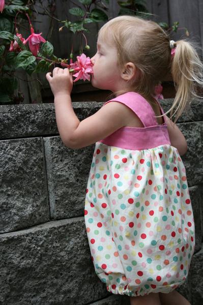 Girl's Bubble Dress Tutorial
