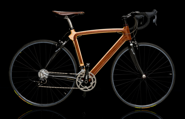 Elegant wooden bikes by Renovo