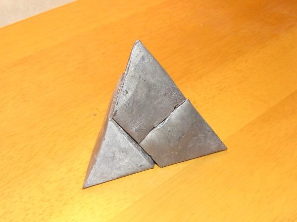 "Make: Projects – ""Pepakura-cast"" metal pyramid puzzle"