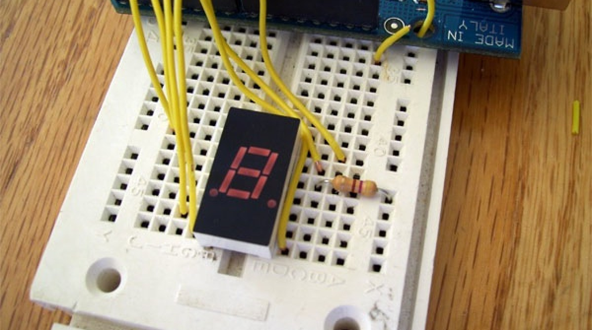 how to make an emf detector out of a walkman