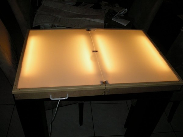 Folding lightbox from IKEA changing table