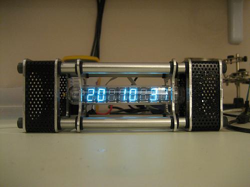 Sweet vacuum tube clock build