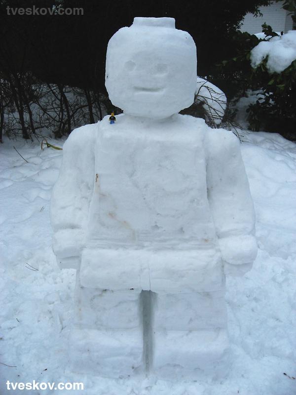 Lego minifig snowperson