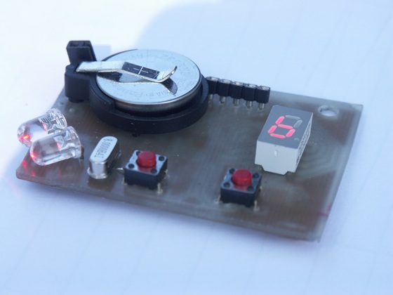 Tune your guitar using LEDs