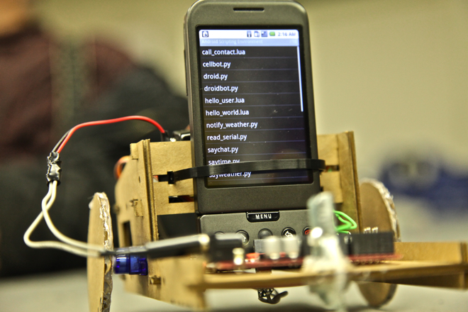 Dirt-cheap robotics prototyping environment with Android