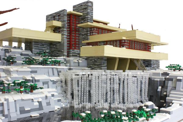 LEGO minifig-scale Fallingwater