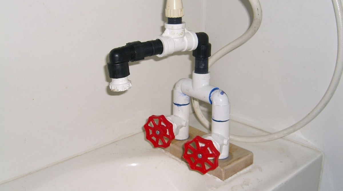 Homemade bath faucet / showerhead | Make: