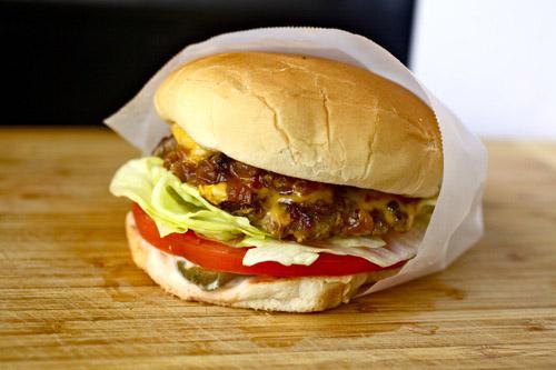 DIY In-N-Out burgers
