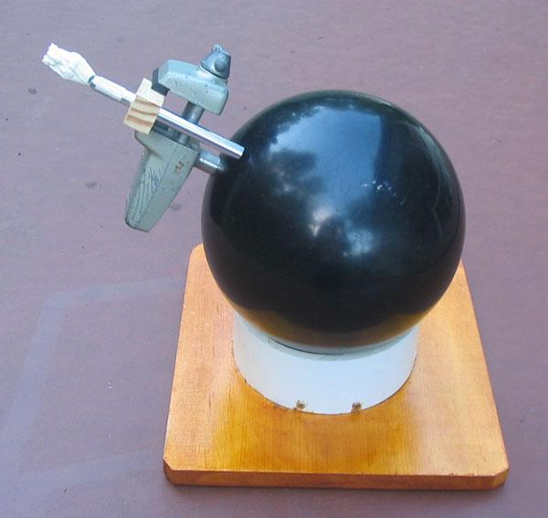 Bowling ball + PanaVise = DIY engraver's ball