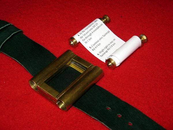 Google maps wristlet navigator watch