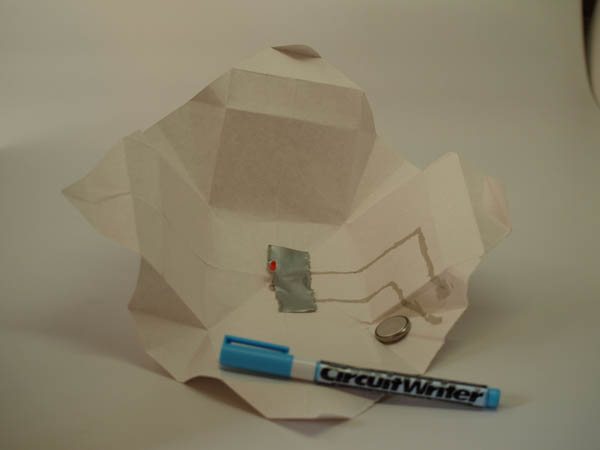 Electronic origami from Geek Dad