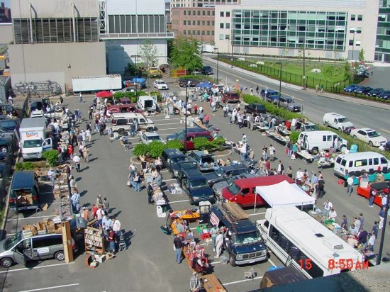 FLEA at MIT – The swapfest is today!