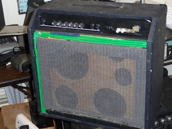 Combine multiple guitar amps to save space