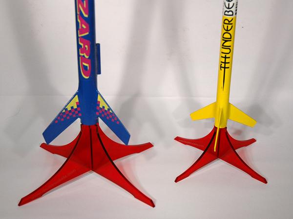 Laser-cut model rocket stands