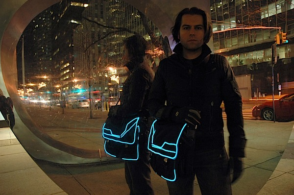 How-To: Tron bag with EL wire