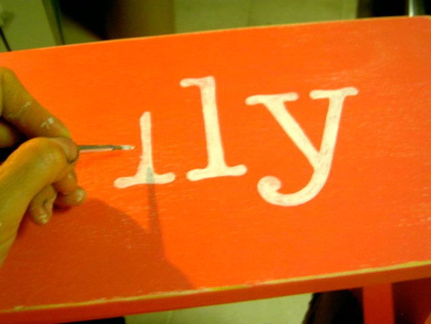 How-To: Paint Perfect Letters on Wood