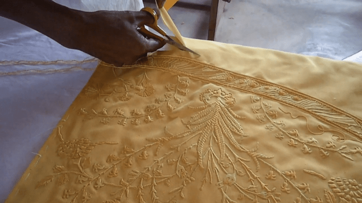 Shawls Made from the Silk of Over One Million Spiders