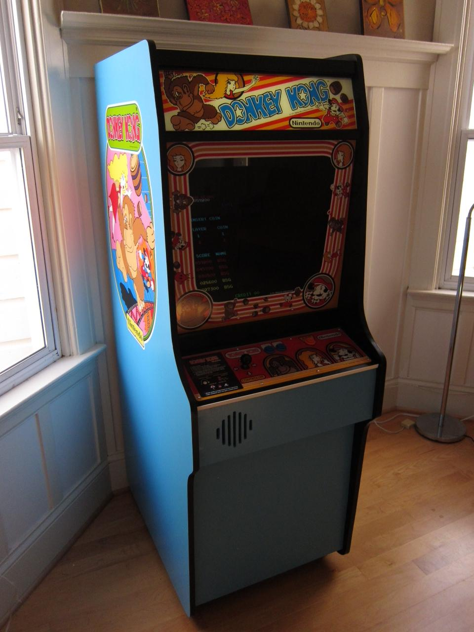 Article Featured Image & Scratch Built Donkey Kong Arcade Cabinet | Make: