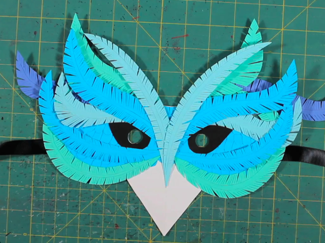 How to make a mask of paper