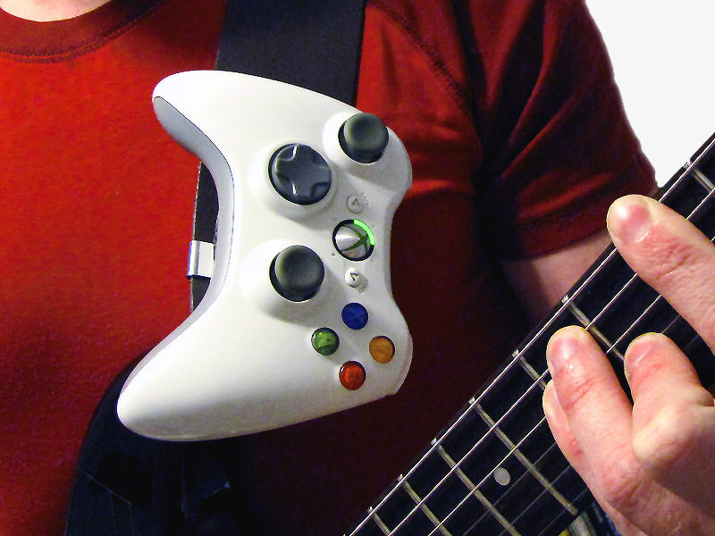 Make: Projects – Guitar Strap Gamepad