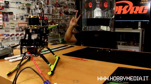 Stop-Motion Build of an RC Helicopter