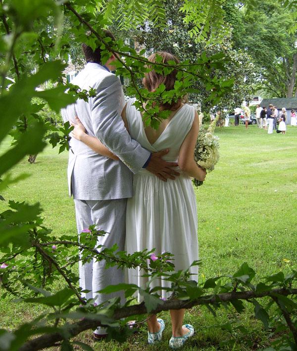Flashback: How-To Make a T-Shirt Wedding Dress