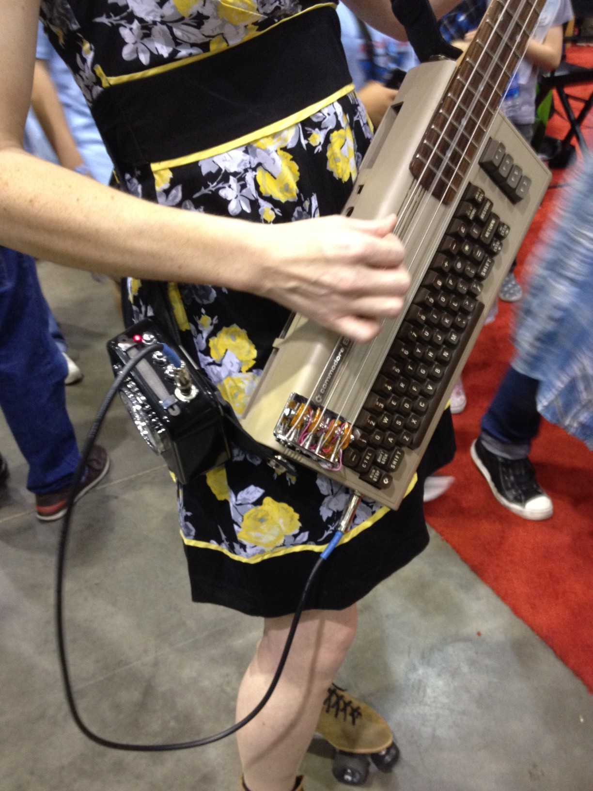 Jeri Ellsworth Rocks a Commodore 64 Keytar