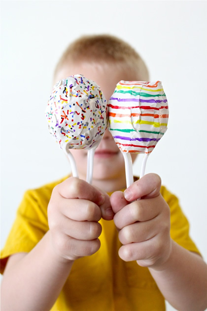 How-To: Plastic Spoon And Egg Maracas