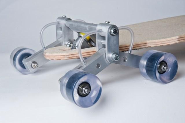 Stair-Navigating Skateboard