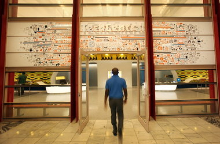"""Cleveland Public Library Is A """"Maker Space""""…"""