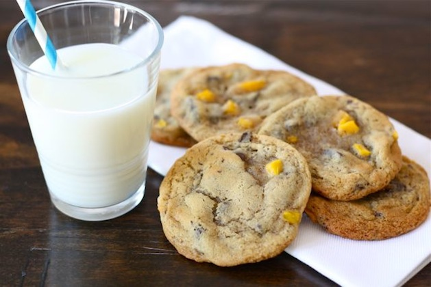 Recipe: Mango Chocolate Chip Cookies