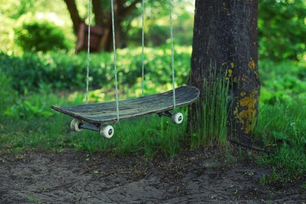 DIY Skateboard Swing