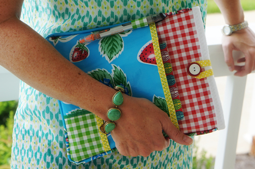 How-To: Oilcloth iPad Cover