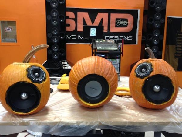 Bumpin' Pumpkin Stereo System