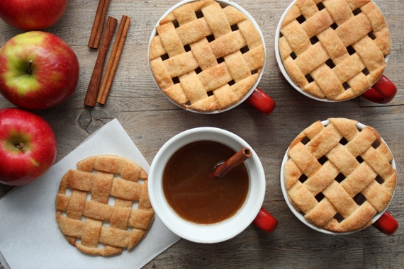 How-To: Pie Crust Mug Toppers