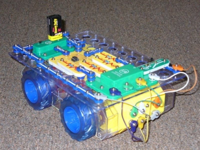 Picture Of Extreme Snap Circuits Programmable Robot