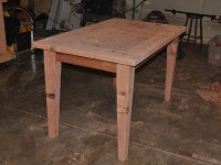 Make a Wooden Table that is Easily Disassembled
