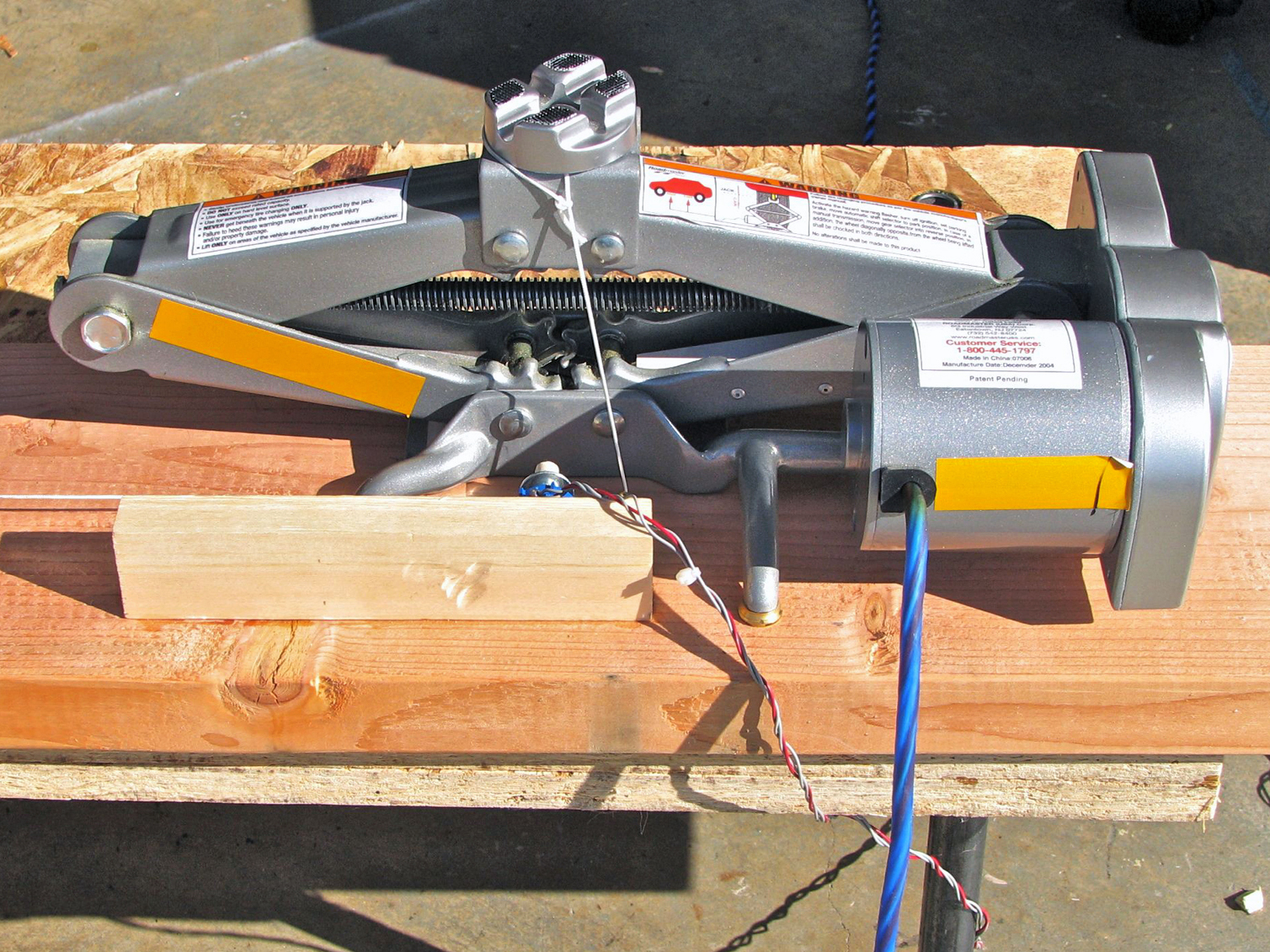 One-Ton Linear Servo