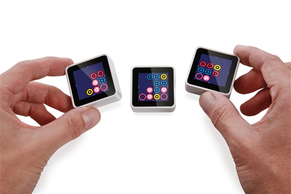 Sifteo Cubes – The Game System for Makers