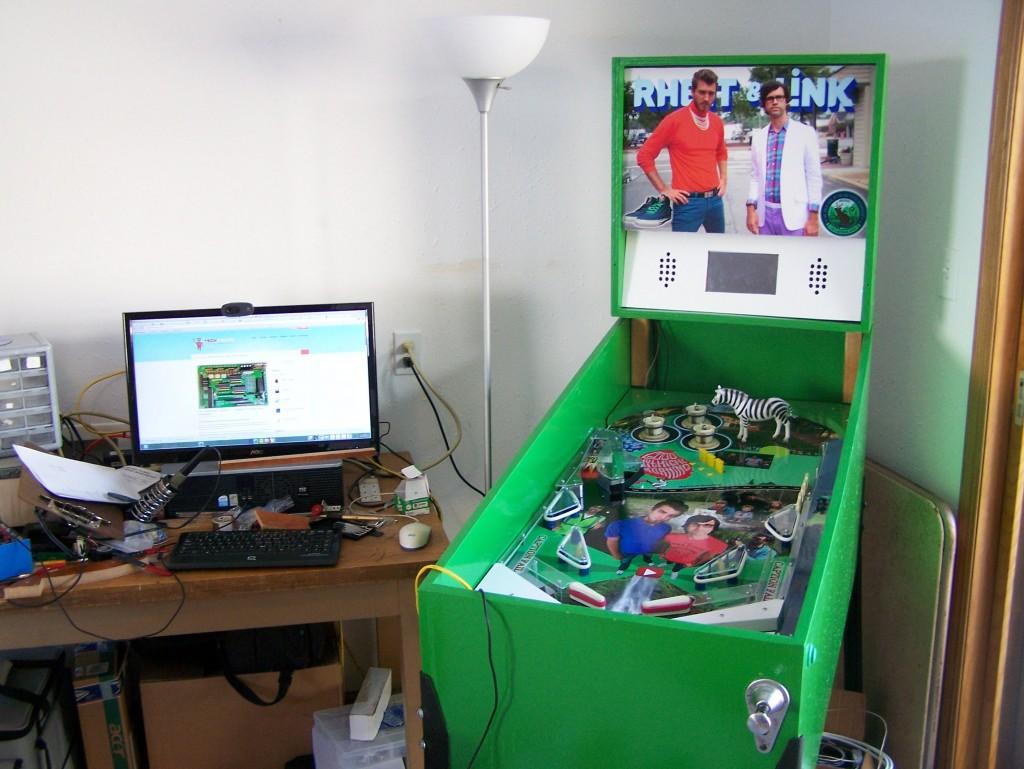 Raspberry Pi-Powered Pinball Machine