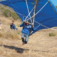 GUMPTION GLIDERS: A short but successful flight on our PVC and tarp version.