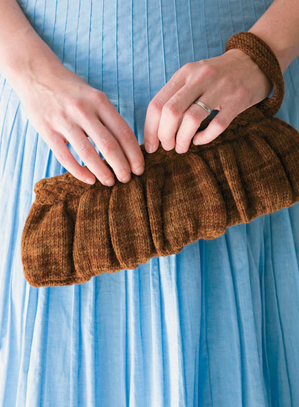 How-To: Knit Wool Clutch