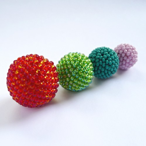 How-To: Glass Beadwork on Wooden Beads | Make:
