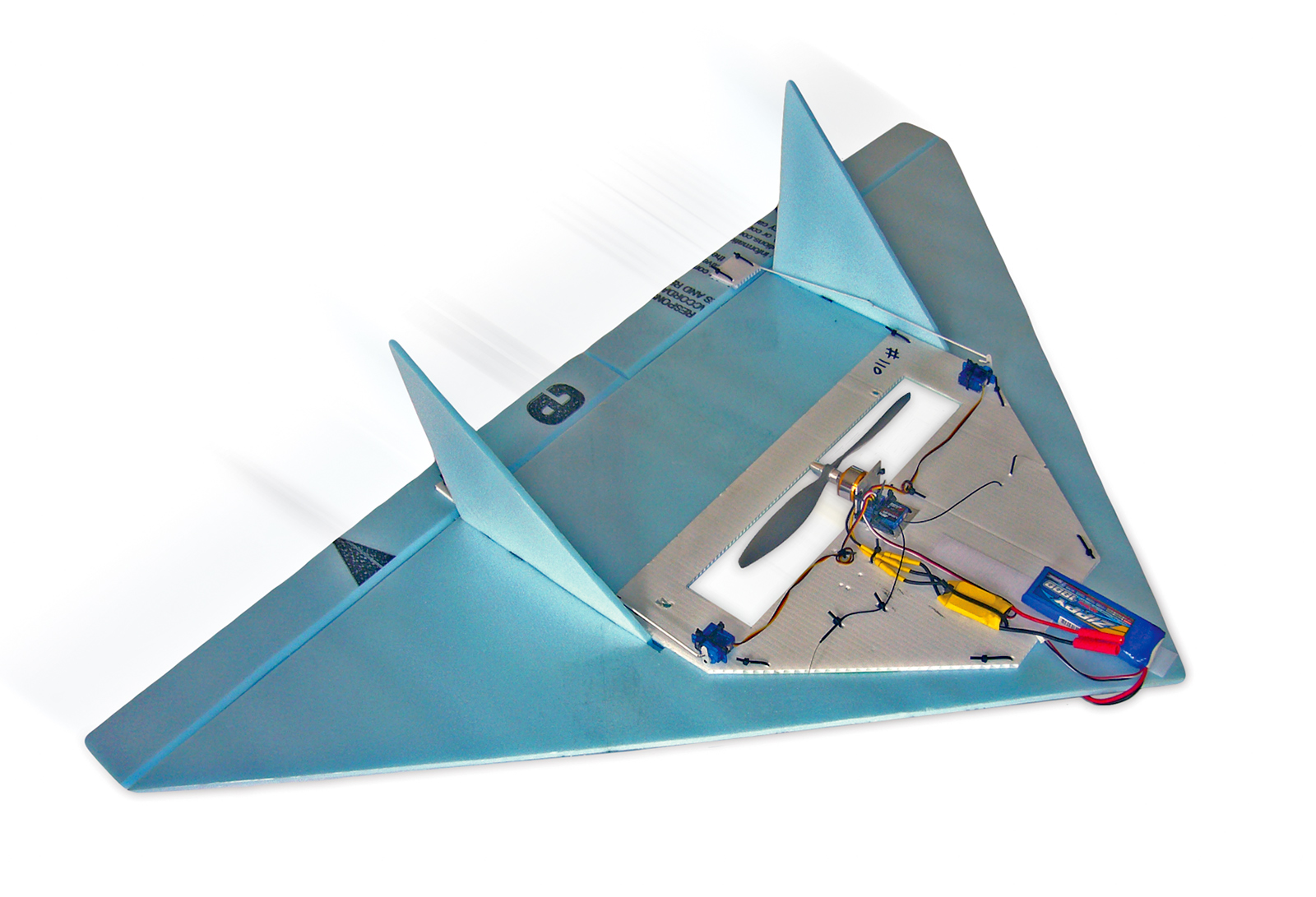 Learn to Fly with the Brooklyn Aerodrome Flying Wing Kit
