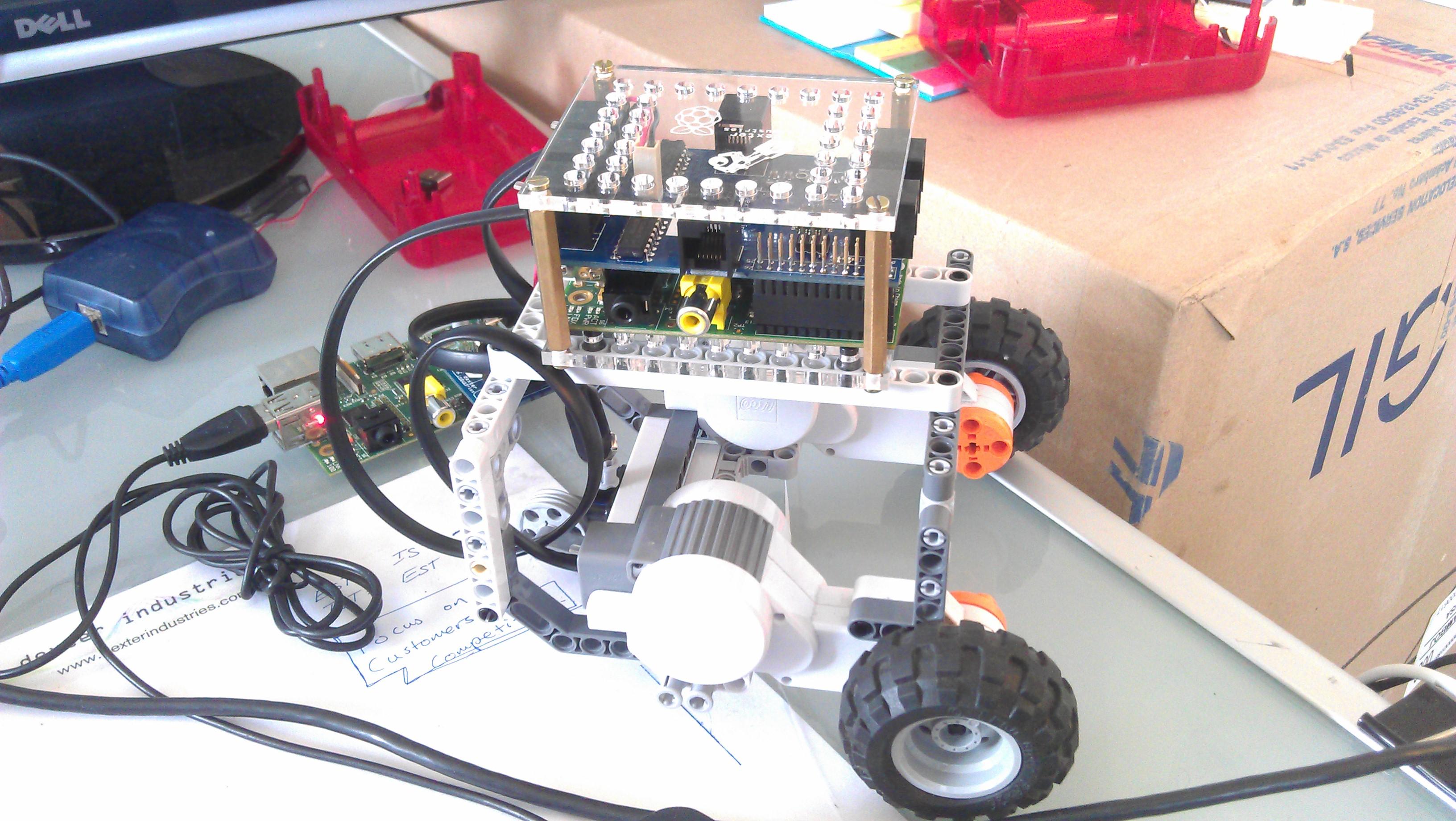 BrickPi Controls Mindstorms Bots With a RasPi